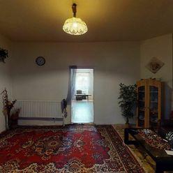 VALALIKY-10-izbový rodinný dom ideálny na bývanie aj podnikanie
