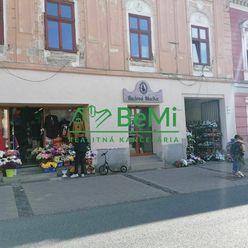 Na prenájom obchodný priestor centrum Banská Bystrica