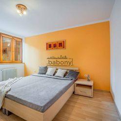 Trojizbový byt v starom meste BA so samostatnými izbami