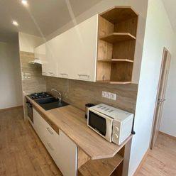 Prenájom- zrekonštruovaný 3 izbový byt Nové Zámky