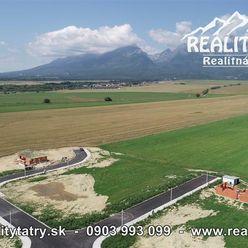 Stavebné pozemky vo Veľkej Lomnici 628 m2 a 991 m2 - kompletné IS - ODPORÚČAME !!!