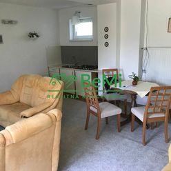 Ponúkame prenájom 2 izbového bytu v rodinnom dome Prievidza