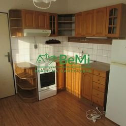 3D Obhliadka ! Predáme veľký 3 izbový byt - Zlaté Moravce (969-113-AFI)