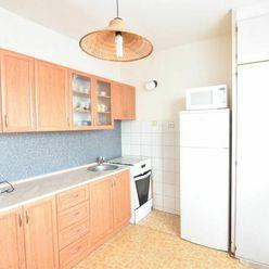 VIDEO: 2-izb. byt s balkónom na Schurmannovej ul. pri parku v Nitre