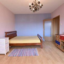 REZERVOVANÝ 1 izbový byt na Istrijskej ulici v centre starej DNV s výhľadom do tichého dvora