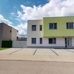 NA PRENÁJOM 3i byt - novostavba vo veľmi tichej lokalite (zástavba rodinných domov) s 2 parkovacími