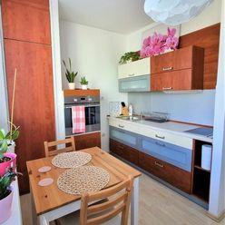 Prenájom slnečného kompletne zariadeného 1 izb. bytu vhodného pre pár, pri jazere Draždiak, 35m2