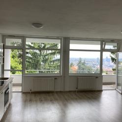 BÔRIK -  Na prenájom - 3 izbový byt   s balkonom