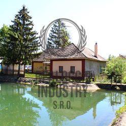 Dom pri jazere v lukratívnej časti obce Pohranice