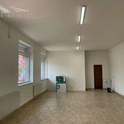 Obchodný / kancelársky priestor, 66 m2 + 1x parkovacie miesto, Električná ul., Trenčín / centrum