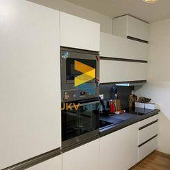 JKV Real | Ponúkame na predaj 1i byt v projekte Galvaniho dvory