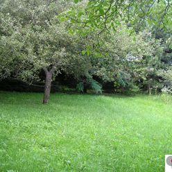 Pozemok v atraktívnej lokalite v Bratislave, pod lesom