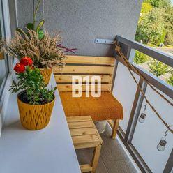 Útulný v 2-izbový byt s balkónom pri centre mesta !!