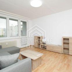 KRAMÁRE -  3 iz. byt, 550,- eur vr. energií, zariadený a vynovený