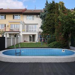 6 izbový RD s garážou a bazénom Staré Grunty