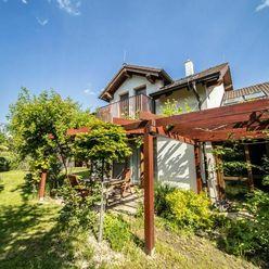PRENÁJOM 4i.dom s garážou a priestrannou záhradou, Marianka