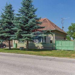 Predaj domu s veľkým pozemkom (1472 m2), Janíky