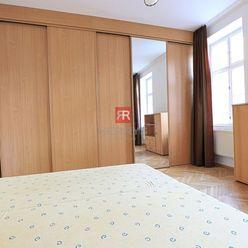 HERRYS - Na prenájom zariadený 1 izbový byt s kuchyňou po kompletnej rekonštrukcii priamo v centre m