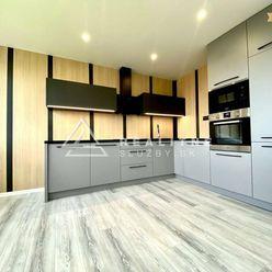 Na predaj 3 izbový byt , 68m2, Terasa
