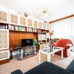 3i BYT– BA V: 86 m2, krásny veľkometrážny byt na začiatku Petržalky s dvoma loggiami.