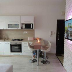 Na predaj: 3 izbový byt, Záhradnícka ulica, Dunajská Streda