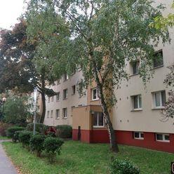 1 izbový byt, po rekonštrukcii, v nizkopodlažnom dome,  Bieloruská,