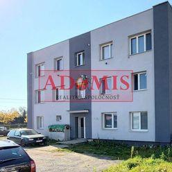 ADOMIS - predám 3-izbový tehlový byt 63m2,rekonštrukcia, tichá lokalita obce Valaliky, len 10min z m