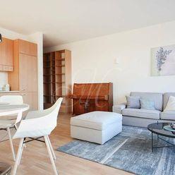 4i byt na prenájom v Bratislave, 2 kúpeľne, parking