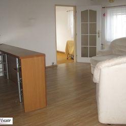 Predáme samostatný rodinný dom vo Svätom Jure, možnosť využitia na polyfunkciu.