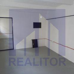Prenájom - kancelársky priestor 110 m2, Banská Bystrica, Centrum