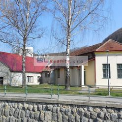 INVESTIČNÁ možnosť – centrum mesta: Trenčianske Teplice, CENA DOHODOU !
