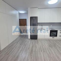 Areté real- Prenájom veľmi pekného 1-izbového bytu so záhradkou a parkovacím miestom v Slovenskom Gr
