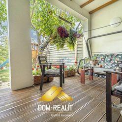 DOM-REALÍT ponúka rodinný dom s garážou na Račianskej ulici