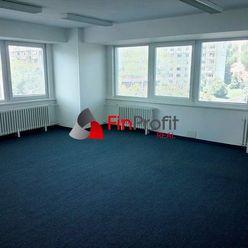 Prenájom kancelárskych priestorov už od 12 m2 až po prenájom celého poschodia v Ružinove.