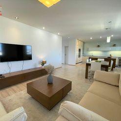 Ponúkame na prenájom luxusný mezonetový 5-izbový byt s terasou na ulici Lužná/Bosáková vo výbornej l