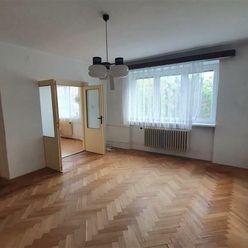 VIVAREAL*  4-izb. tehlový byt, garáž, oplotený obytný dom, samostatné ÚK a TUV,  Spiegelsal, Trnava