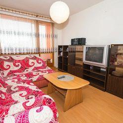 trend Real | Rezervovaný -1,5-izbový byt s loggiou | Kpt. Nálepku