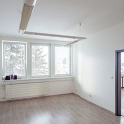 Kancelárske priestory, 57 m2 , Žilina- Bôrik, cena od 10,- €/m2/mesiac.