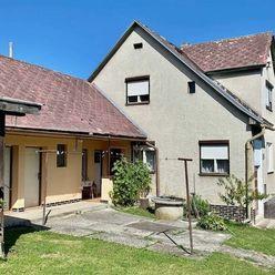 Na predaj 4-izbový rodinný dom s pozemkom 755 m2 v obci Nevidzany okr. Prievidza