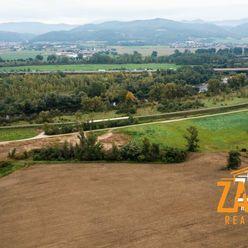 NA PREDAJ/ Investičný pozemok 747 m2 Skalka nad Váhom časť Újazd