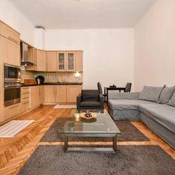 2-izbový byt v centre mesta na Michalskej ulici