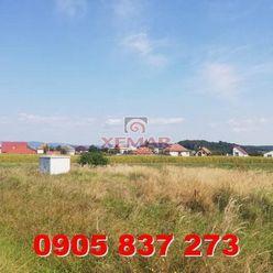 Exkluzívne na predaj  posledné 3 slnečné  stavebné pozemky v obci Kalinovo