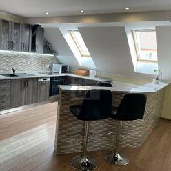 Directreal ponúka Veľkometrážny, luxusný 4-izb.byt s klimatizáciou a vonkajším priestorom na poseden