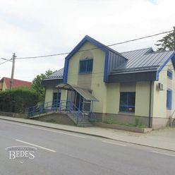 BEDES | Rodinný dom 328m2, pozemok 459m2, ideálne pre investíciu, Nováky