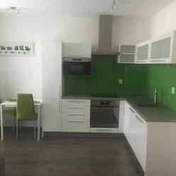 ZĽAVA!!!**Útulný 2 izbový byt so záhradkou a parkingom Viničné 120.000,- Eur**