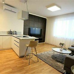 BEZ PROVÍZIE PRE REALITKU / Úplne nový MODERNÝ 2i. byt 55m2 V CENTRE Bratislavy S PARKOVANÍM V CENE