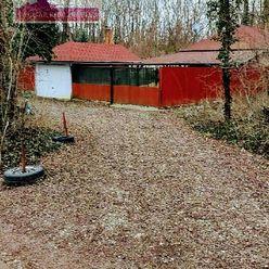 Ponúkame na predaj rekreačnú chalupu, dom s garážou, v  Bratislave, Petržalka Malý Draždiak.