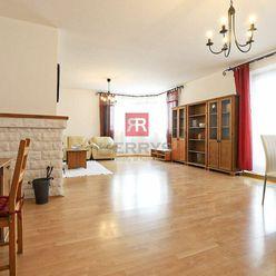 HERRYS - Na prenájom kompletne zariadený priestranný 3 izbový byt s krbom a vlastnou garážou na Dlhý
