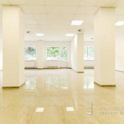 AXIS REAL:: Obchodný priestor 201 m2, VÝKLAD, BLÍZKO CENTRA, Trnava