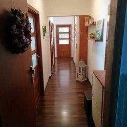 Zrekonštruovaný 2 izbový byt v Dúbravke